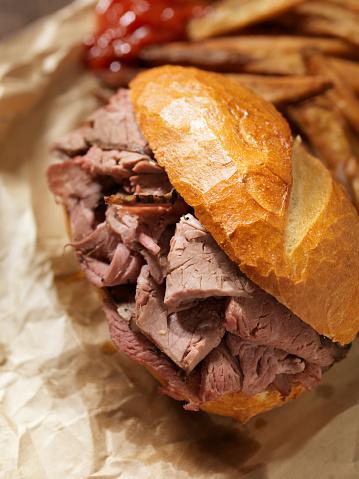 Loaf of Bread「Classic Roast Beef Sandwich」:スマホ壁紙(11)