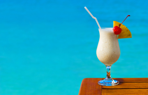 Coconut Water「Milk cocktail on table at beach cafe」:スマホ壁紙(18)
