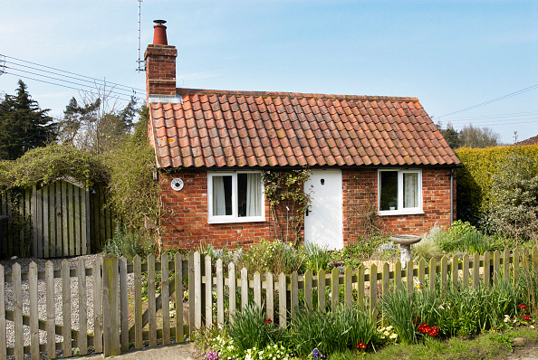 Small「Tiny cottage, Middleton, Suffolk, UK」:写真・画像(16)[壁紙.com]