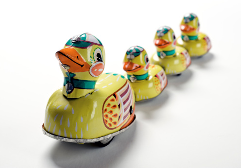 Knick Knack「Toy Ducks In A Row」:スマホ壁紙(17)