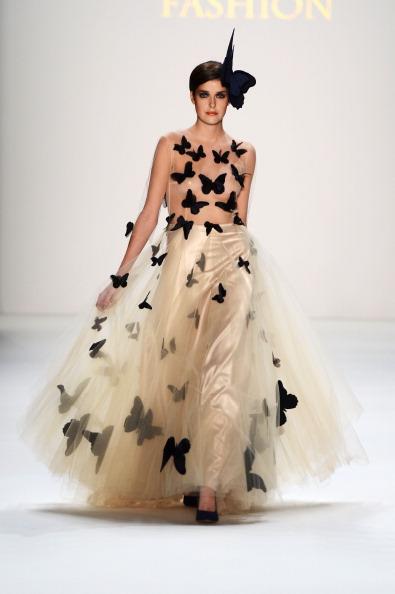 Hair Bow「Agne Kuzmickaite, Igrida Zabere, Kaetlin Kaljuvee Show - Mercedes-Benz Fashion Week Autumn/Winter 2013/14」:写真・画像(19)[壁紙.com]