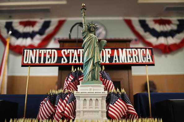 Kendall - Florida「Florida Residents Become Citizens In Naturalization Ceremony Held In Miami」:写真・画像(18)[壁紙.com]