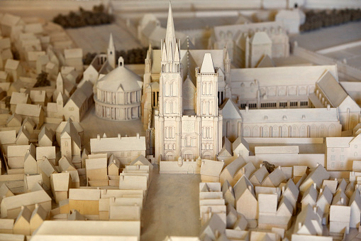 Abbey - Monastery「Model of the abbey and th city of St. Denis at the beginning of the 17th century.」:スマホ壁紙(0)