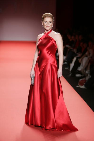 Red Dress「Heart Truth Red Dress Collection - Runway」:写真・画像(5)[壁紙.com]