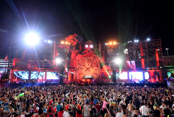 EDC「17th Annual Electric Daisy Carnival - Day 3」:写真・画像(9)[壁紙.com]