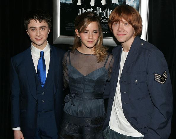 エマ・ワトソン「Warner Bros. Pictures Premiere Of 'Harry Potter & The Goblet Of Fire'」:写真・画像(7)[壁紙.com]
