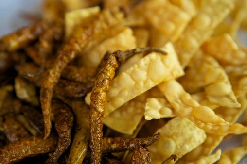 Deep Fried「Green deep fried chillies at Hideaway restaurant, Arugam Bay.」:スマホ壁紙(16)