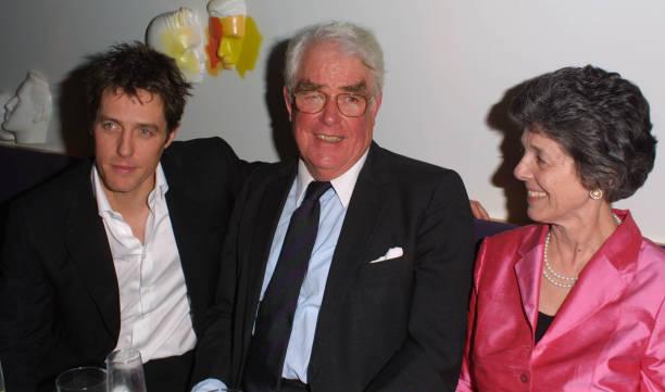 Hugh Grant and parents at Bridget Jones's Diary party:ニュース(壁紙.com)
