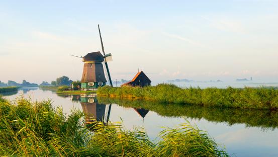 Netherlands「Dutch Windmill」:スマホ壁紙(8)