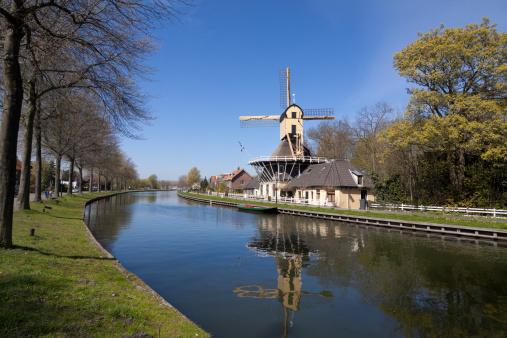 Amsterdam「Dutch windmill」:スマホ壁紙(2)