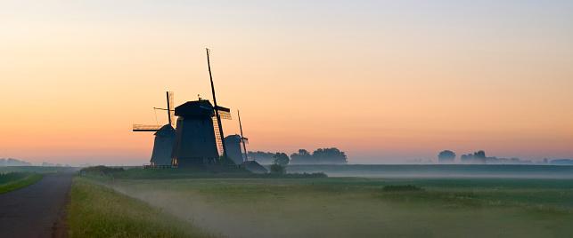 Netherlands「Dutch Windmills」:スマホ壁紙(5)