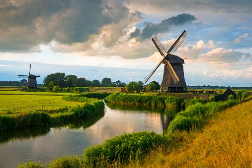 Netherlands「Dutch Windmill」:スマホ壁紙(15)