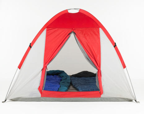 Tent「Sleeping bags inside tent」:スマホ壁紙(15)