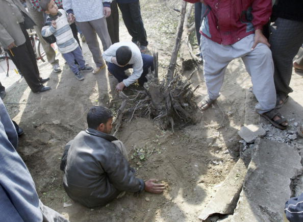 Homemade「Roadside Device Claims At Least Four Lives In Baghdad Explosion」:写真・画像(1)[壁紙.com]