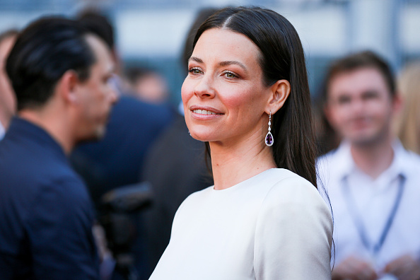 """Evangeline Lilly「Premiere Of Disney And Marvel's """"Ant-Man And The Wasp"""" - Red Carpet」:写真・画像(7)[壁紙.com]"""