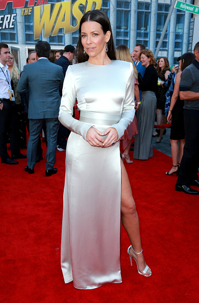 """Evangeline Lilly「Premiere Of Disney And Marvel's """"Ant-Man And The Wasp"""" - Red Carpet」:写真・画像(14)[壁紙.com]"""