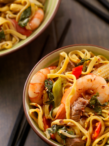 Bean Sprout「Shrimp and Beef Stir Fry with Noodles」:スマホ壁紙(4)
