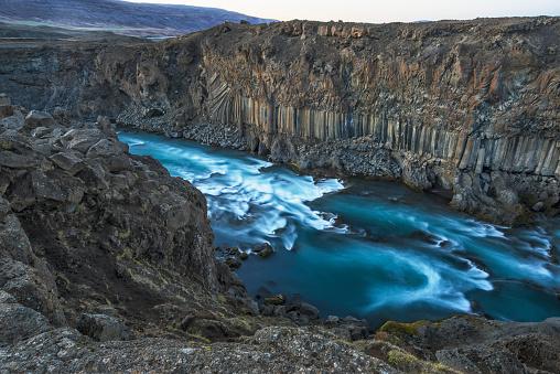 Basalt「The basalt column and waterfall known as Aldeyjarfoss in Northern Iceland」:スマホ壁紙(9)