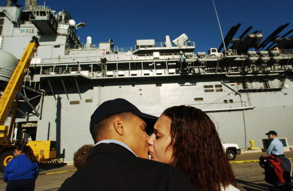 Jose Lopez「USS Boxer Heads Back To Iraq」:写真・画像(18)[壁紙.com]