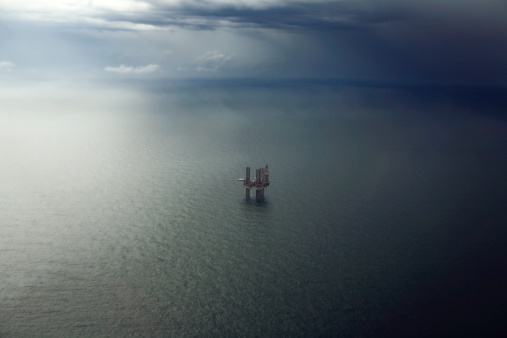 Oil Industry「Oil platform in the Gulf of Mexico.」:スマホ壁紙(16)