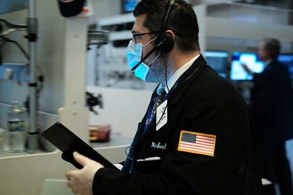 Trader「NYSE Closes Trading Floor, Moves To Fully Electronic Trading Amid Coronavirus Pandemic」:写真・画像(9)[壁紙.com]