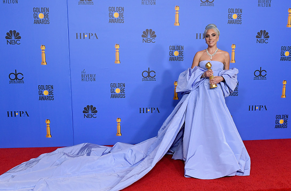 Blue Dress「76th Annual Golden Globe Awards - Press Room」:写真・画像(13)[壁紙.com]