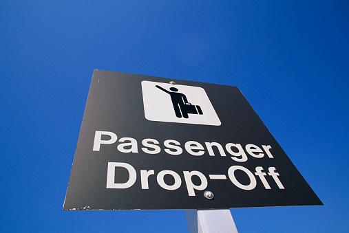 Kennedy Airport「Airport Passenger Drop-Off Sign」:スマホ壁紙(15)