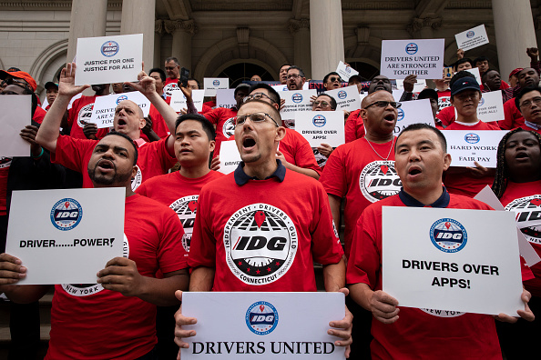 Driver - Occupation「Uber And Lyft Drivers Protest At NYC City Hall Over Wage Enforcement」:写真・画像(11)[壁紙.com]