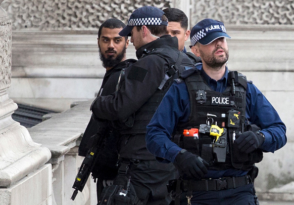 John Downing「Man Arrested For Possession Of Weapons Near Downing Street」:写真・画像(7)[壁紙.com]