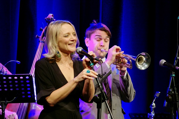 トランペット「Jack Kendon and Imogen Ryall, Ropetackle Arts Centre, Shoreham, West Sussex, Jan 2016」:写真・画像(5)[壁紙.com]