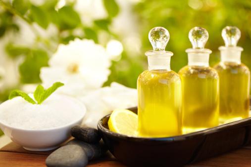 Mint Leaf - Culinary「Massage oil bottles and exfoliation scrub at spa」:スマホ壁紙(9)