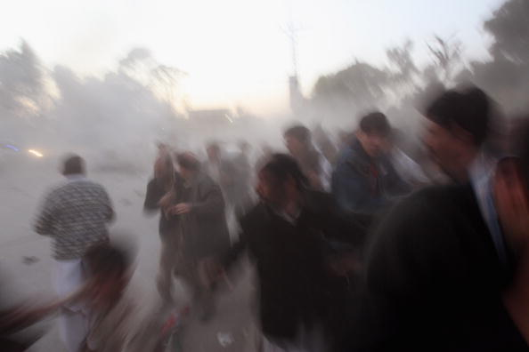Pakistan「Several Killed In Suicide Blast At Bhutto Rally」:写真・画像(19)[壁紙.com]