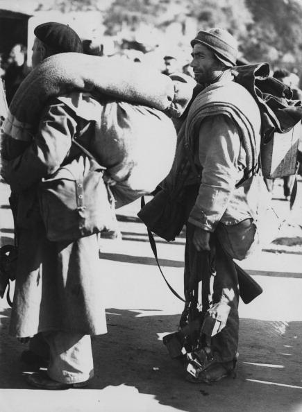 France「Republican Troops Cross Frontier」:写真・画像(16)[壁紙.com]