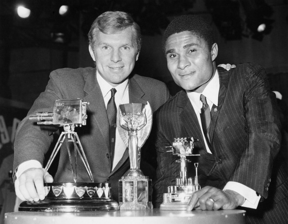 Sport「Eusebio And Moore」:写真・画像(12)[壁紙.com]