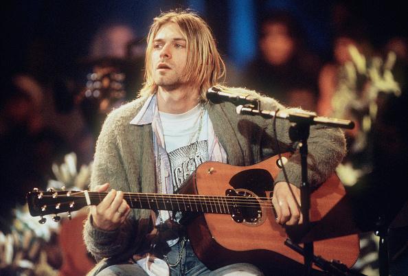 1人「MTV Unplugged: Nirvana」:写真・画像(13)[壁紙.com]