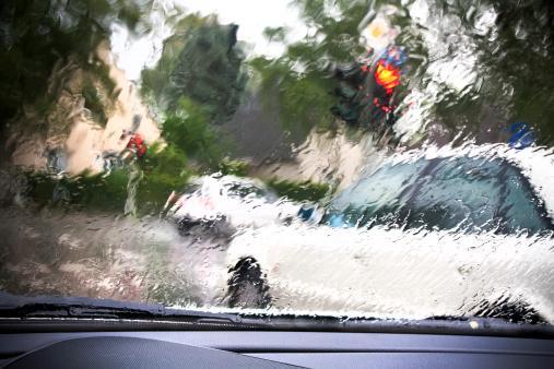 Snowdrift「traffik through the rainy car window」:スマホ壁紙(14)