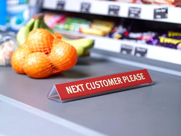 Next customer please sign on checkout:スマホ壁紙(壁紙.com)