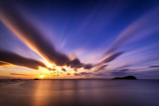 East Lothian「UK, Scotland, East Lothian, sunset across the Firth of Forth」:スマホ壁紙(14)