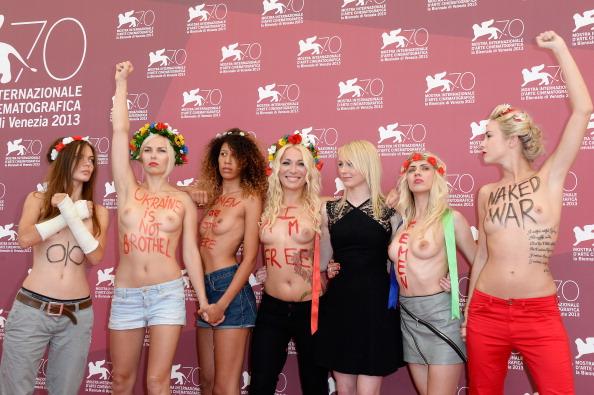 Women's Issues「'Ukraine Is Not A Brothel' Photocall - The 70th Venice International Film Festival」:写真・画像(11)[壁紙.com]