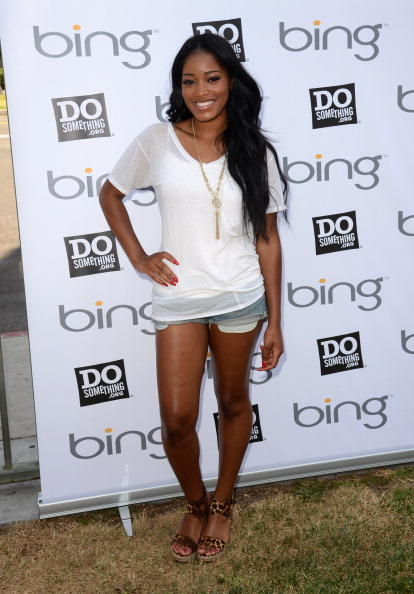 Denim Shorts「Bing And DoSomething.org Kick Off The Bing Summer Of Doing At HOLA」:写真・画像(5)[壁紙.com]