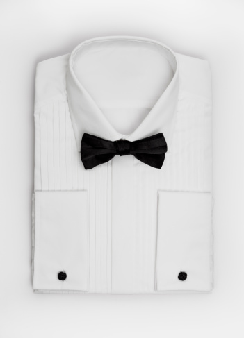 Bow Tie「Black bow tie on a white dress shirt」:スマホ壁紙(1)