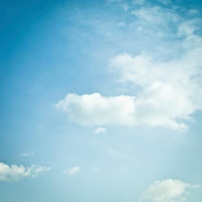 雲「スカイ」:スマホ壁紙(19)