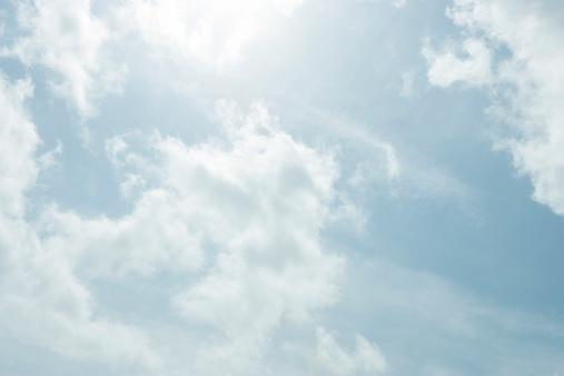 雲「スカイ」:スマホ壁紙(4)