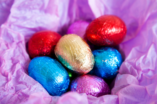 Easter「Multi colored foil covered Easter eggs」:スマホ壁紙(14)