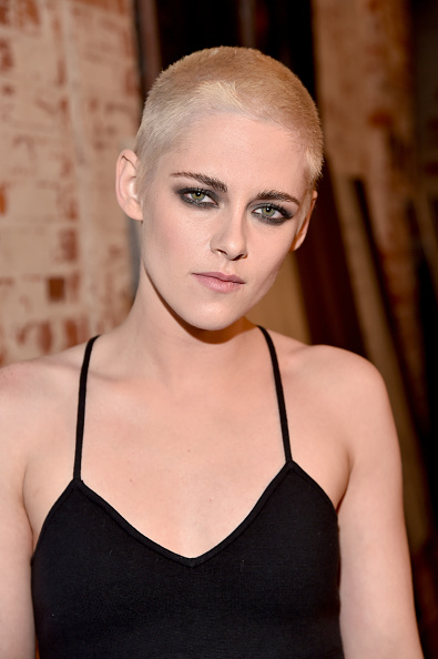 "Kristen Stewart「Premiere Of IFC Films' ""Personal Shopper"" - Red Carpet」:写真・画像(11)[壁紙.com]"