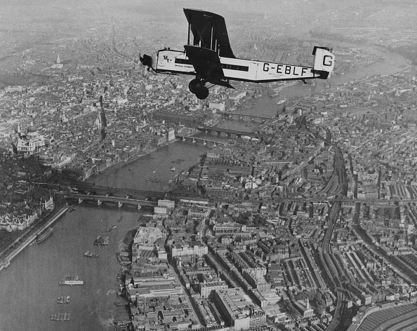 Propeller Airplane「Armstrong Whitworth Argosy Mk.1」:写真・画像(7)[壁紙.com]