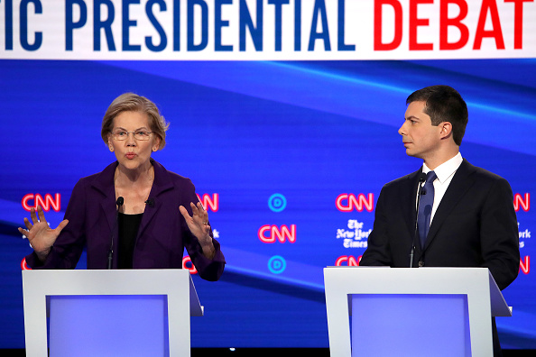 Win McNamee「Democratic Presidential Candidates Participate In Fourth Debate In Ohio」:写真・画像(15)[壁紙.com]