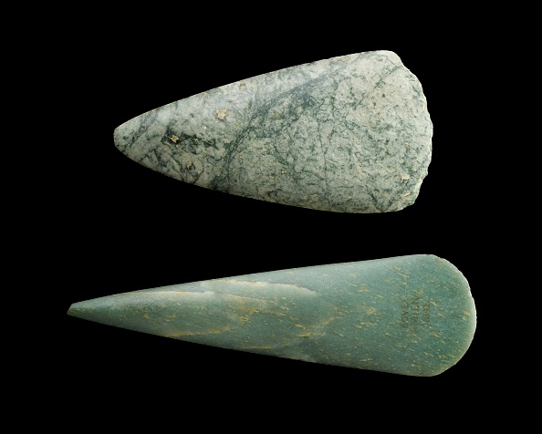 Work Tool「Jadeite Axes: Neolithic Period (Central Europe)」:写真・画像(1)[壁紙.com]