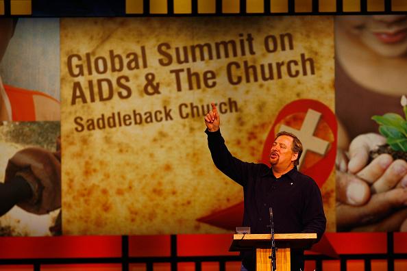 Church「Clinton Attends Global AIDS Summit At Rick Warren's Megachurch」:写真・画像(14)[壁紙.com]
