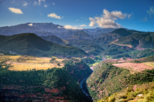 Atlas Mountains「Landscape in the High Atlas mountains」:スマホ壁紙(13)